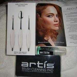 artis Makeup brushes & cleaner kit NIB